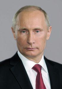 プーチン大統領強いロシアの再建めざす。