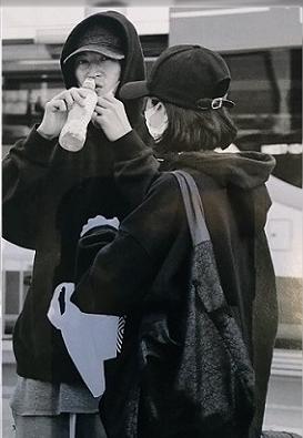 吉高由里子大倉忠義バリ旅行。空港でキャッチ。