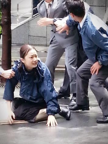 遠山景織子新・十津川警部で母親役を演じる。