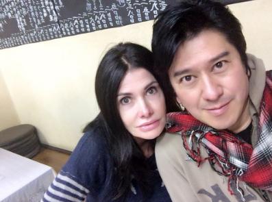 カイヤ川崎麻世と現在も別居中。しかし、家族で出掛けることもしばしば。