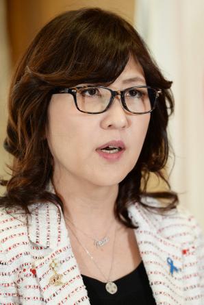 稲田朋美大臣が鯖江のメガネ産業を応援。