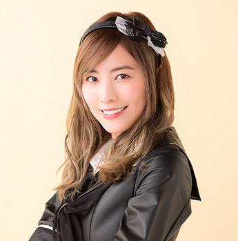 松井珠理奈が髪を金髪に。さらに老け顔が強調。