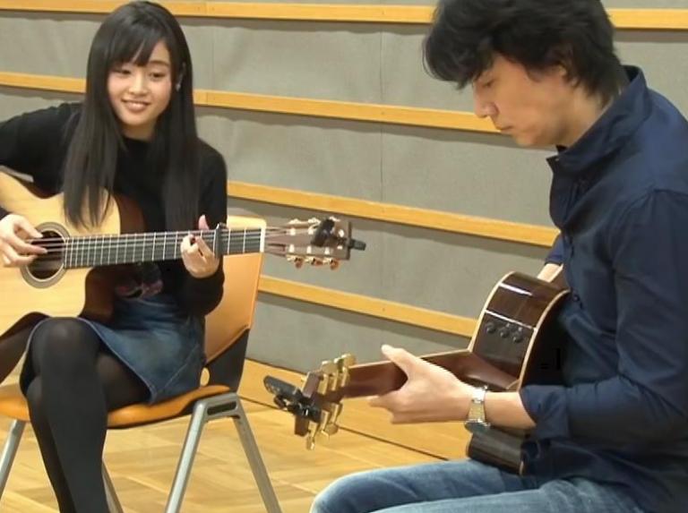 藤原さくらと福山雅治のギターセッション