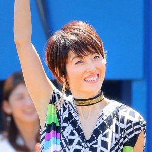 荻野目洋子って全然おばさん体型になってない!スリムでかっこいい!
