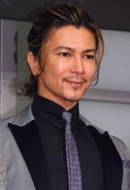 武田真治シワのばしの2枚目画像