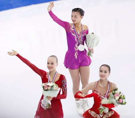 坂本花織はロシア選手と比較しても顔が小さい