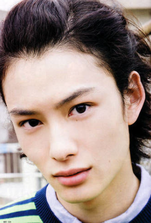 岡田将生鼻高い