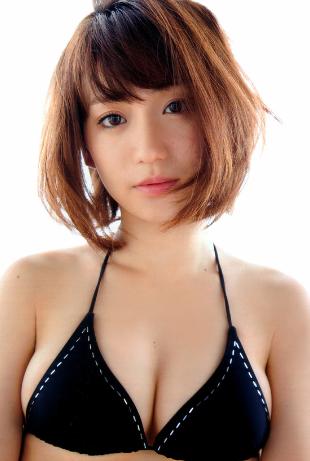 大島優子の豊胸した横乳がエロい