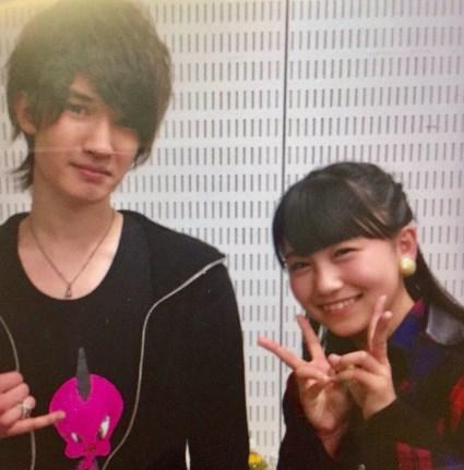 小嶋真子とジェシーの2ショット画像