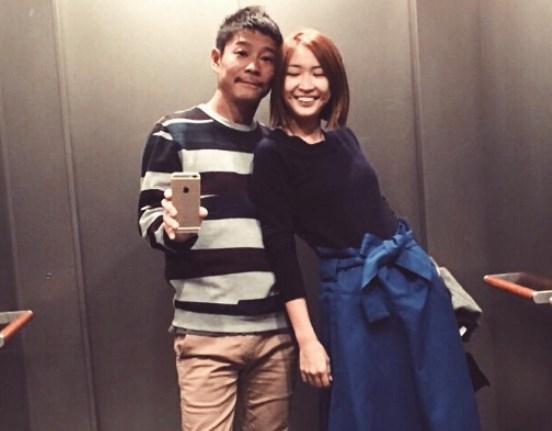 紗栄子はエレベーターで写真を撮るのが好きw