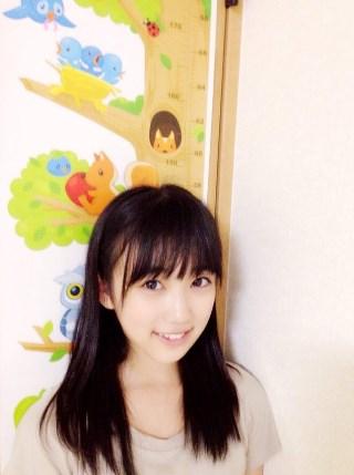 矢吹奈子2016年には147cmまで身長を伸ばす
