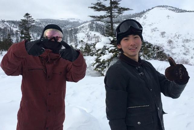 野村周平と兄がスノボを楽しむ