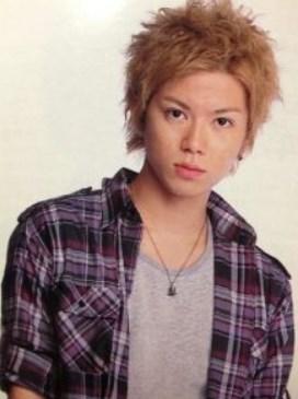 加藤シゲアキの金髪で若い頃