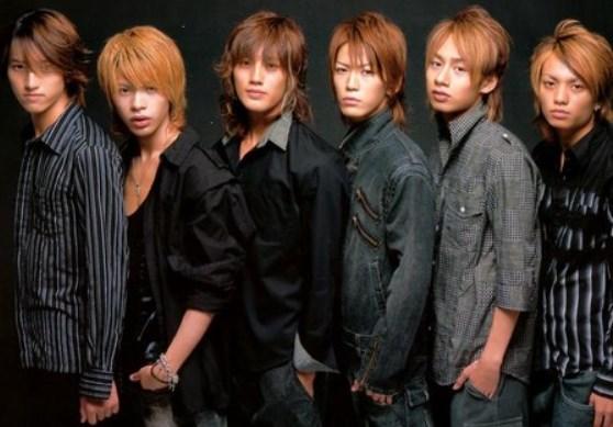 KATTUN6人時代の上田竜也の髪型は?