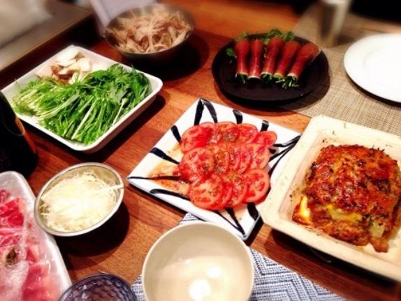 安田美沙子はホームパーティーで高い皿を使う